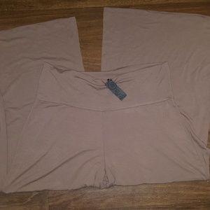 Pants - Brand new palazzo pants